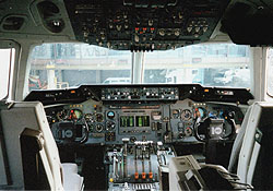 DC10 Flight Insturment Panel